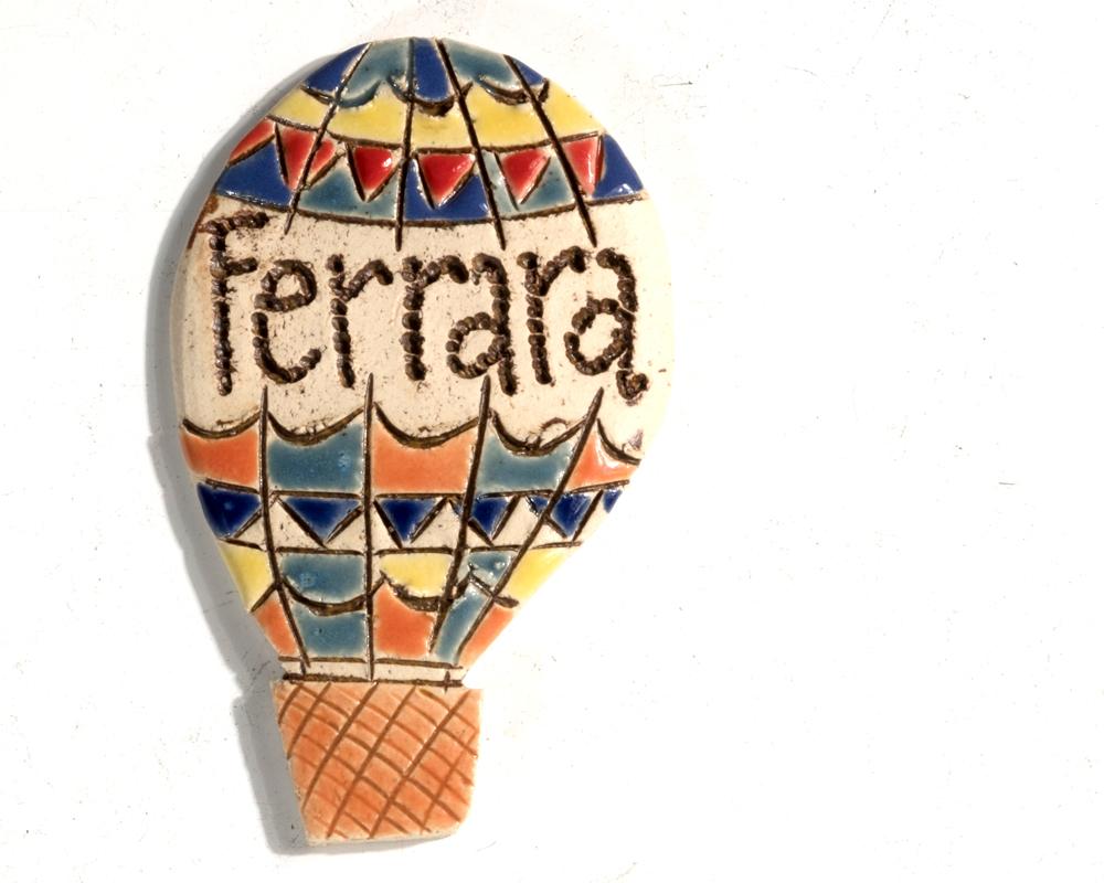 greta filippini oca ceramica artistica ferrara bomboniere regali personalizzati CALAMITA FERRARA mongolfiera