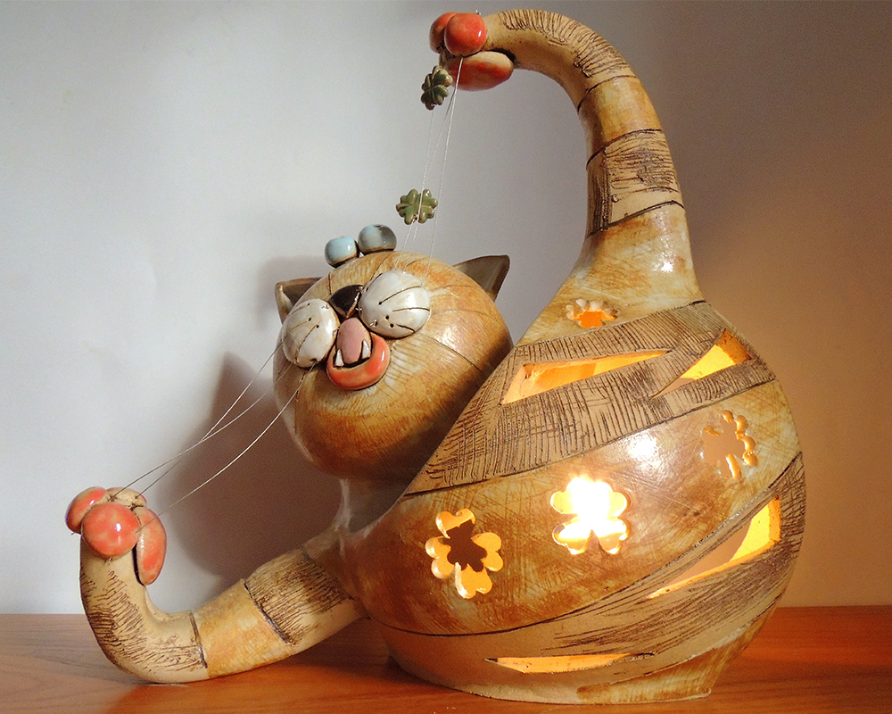 lampada-gatto_b.jpg