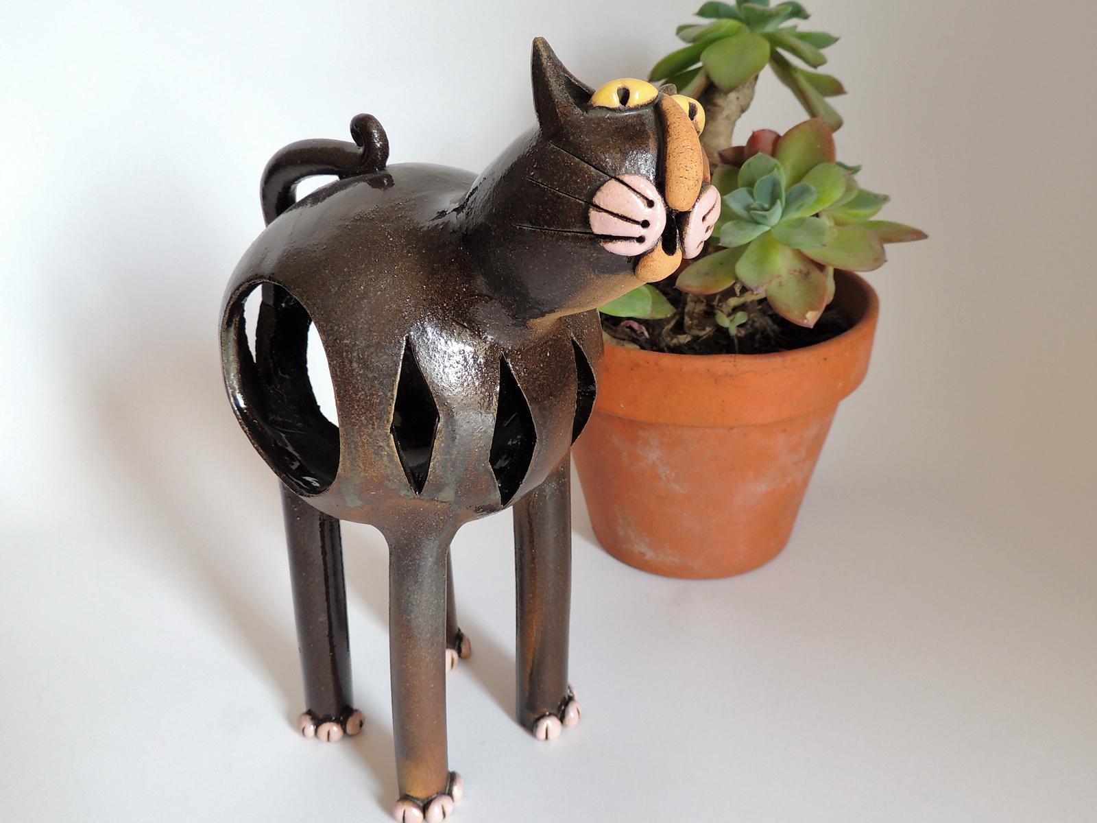 gufo greta filippini oca ceramica artistica ferrara bomboniere regali personalizzati gatto luce