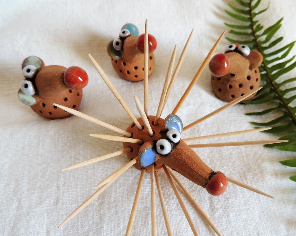 diffusore gufo presepe gufo greta filippini oca ceramica artistica ferrara bomboniere regali personalizzati stuzzicadenti
